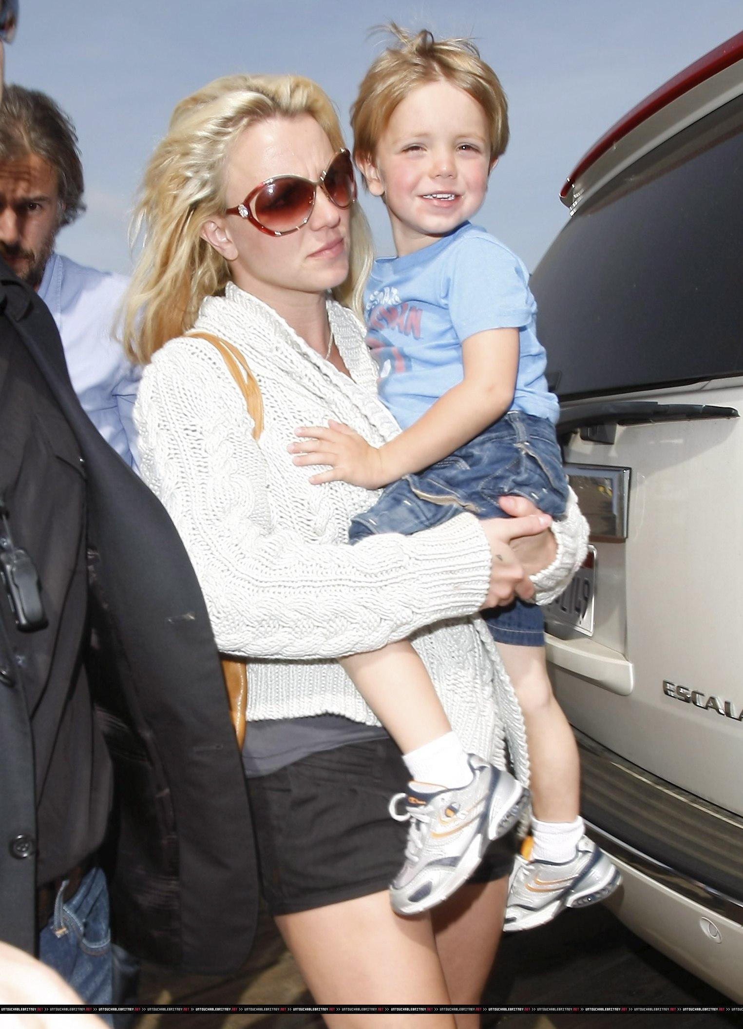 Бритни и ее дети фото